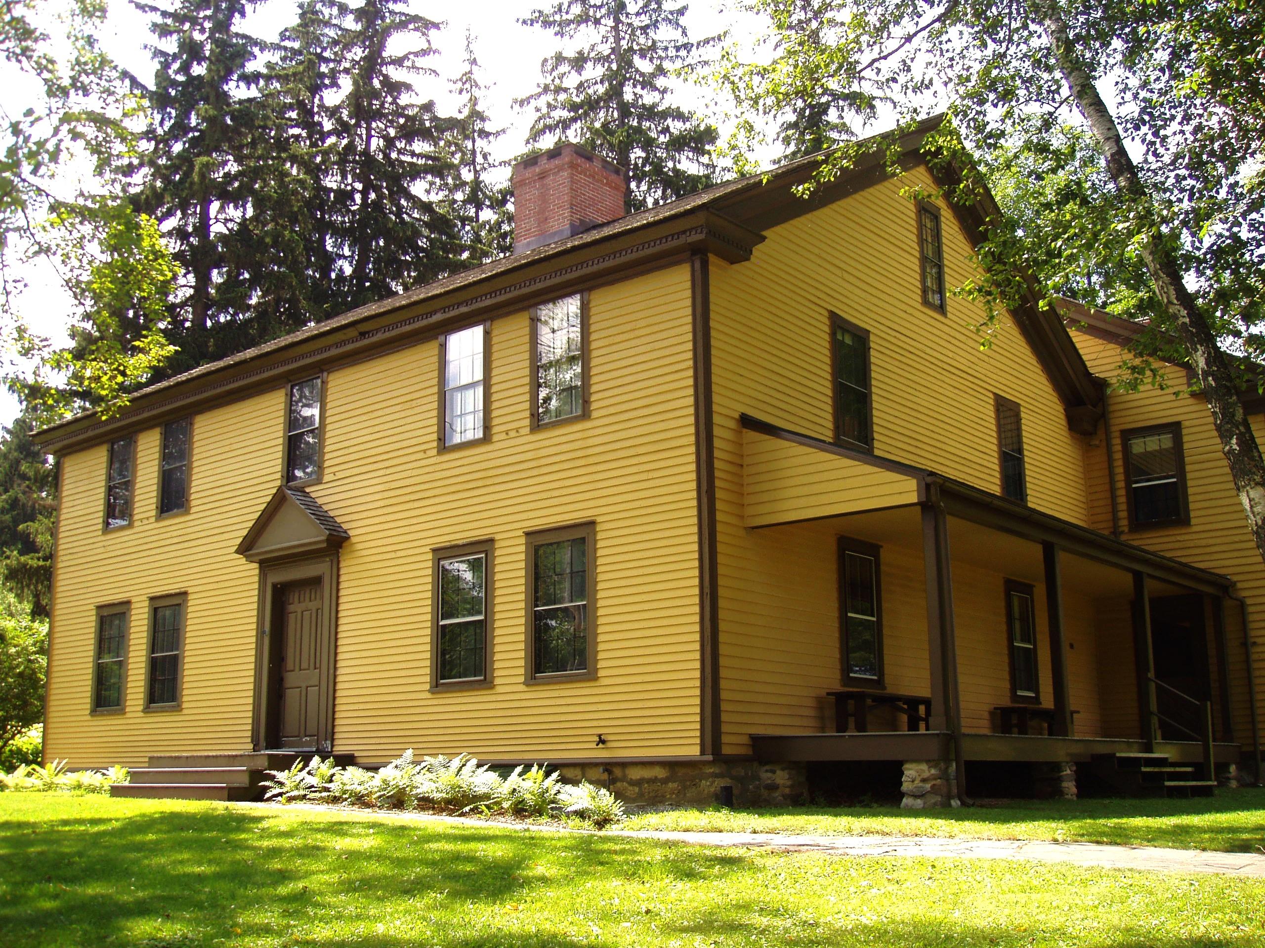 Arrowhead_(Herman_Melville),_Pittsfield,_Massachusetts